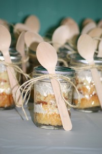 cupcake in a jar wedding favor jute twine wooden spoon unique yummy weding favor edible